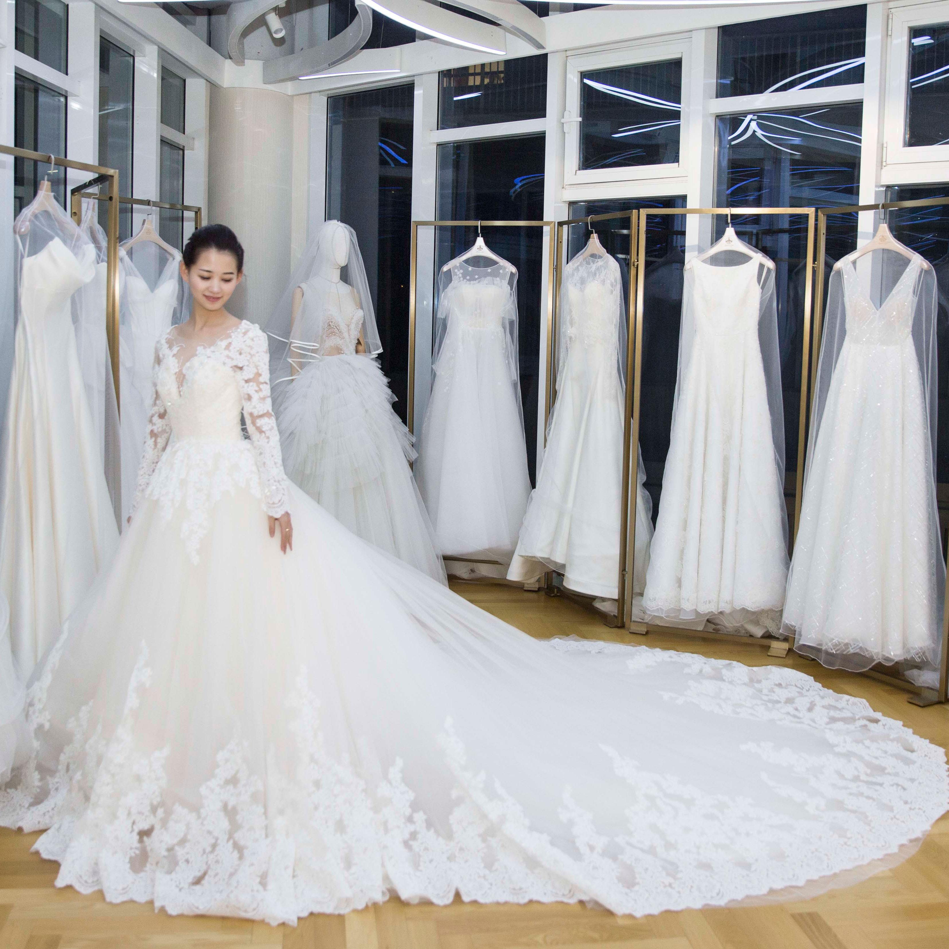 真爱殿堂 长袖蕾丝蓬蓬纱婚纱